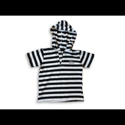 110-es fehér-fekete csíkos kapucnis póló