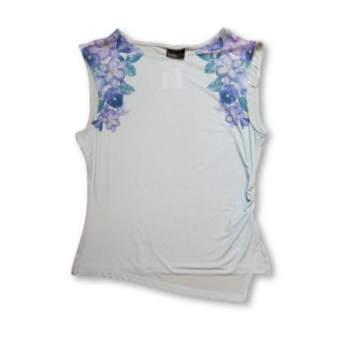 Női XL-es kék virágos póló - Janina - ÚJ