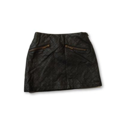 104-es fekete steppelt bőrhatású szoknya - Young Dimension