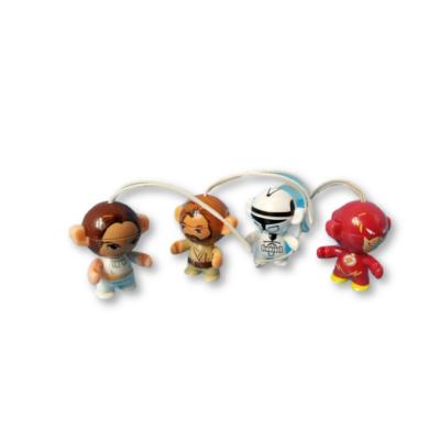 4 db felakasztható mini figura