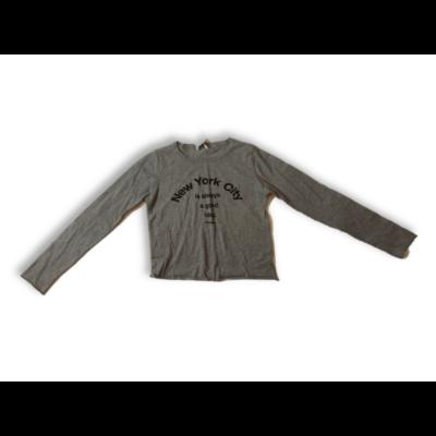 Női S-es szürke feliratos top jellegű pulóver