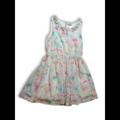 158-as fehér alapon virágos alkalmi ruha - I Love Girlswear